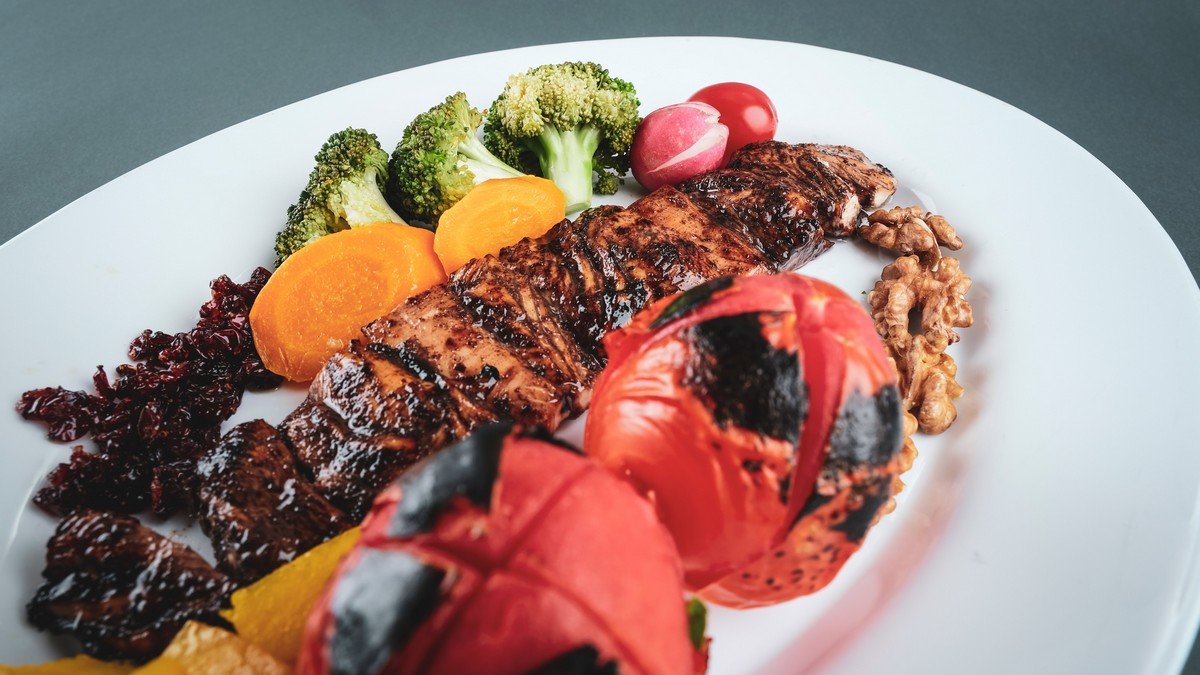 Talíř plný jídla Vám nemužní sníst potravinová alergie.